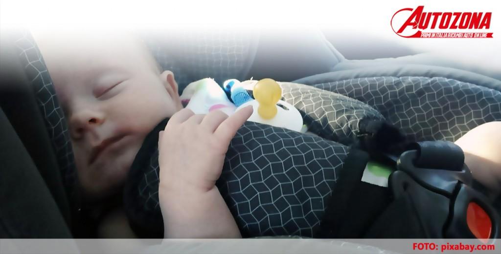 Sicurezza bambini in auto